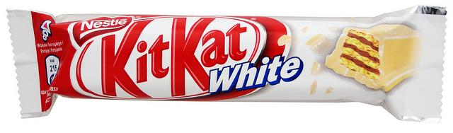 KitKat White, wafelek w białej czekoladzie, 40 g Image